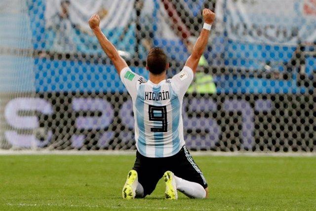 """Fútbol.- Higuaín deja la selección argentina: """"Para alegría de muchos mi ciclo ya está"""""""