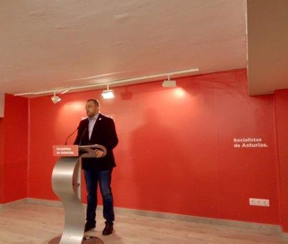 """Barbón pide para el PSOE el voto """"moderado"""" ante el """"extremismo"""" y la """"agresividad"""" de Rivera (Cs)"""