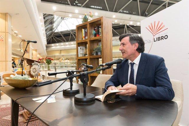 AMP.- El Gobierno de Cantabria se suma a los actos organizados por el Día del Libro