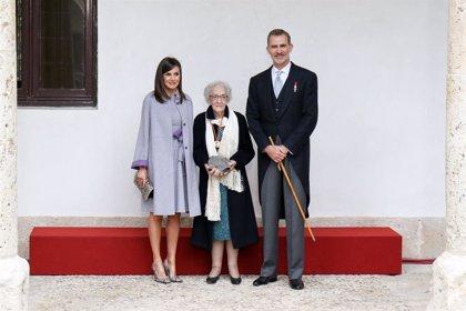"""Ida Vitale, tras recoger el Premio Cervantes: """"Es la emoción de mi vida"""""""
