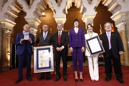 """La presidenta de las Cortes apela a la sensatez y al diálogo porque """"los acuerdos hacen grande a la democracia"""""""