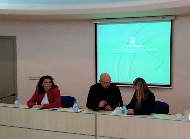 Sevilla.- El programa para familias con menores de Alcalá de Guadaíra destina más de 200.000 euros de inversión social
