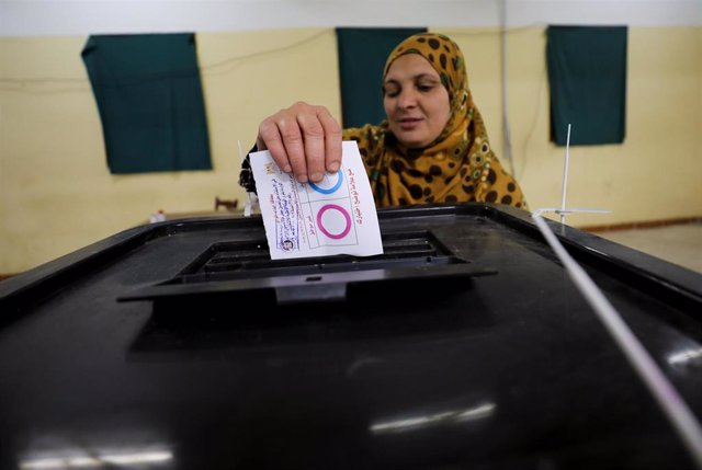 Egipto.- Concluyen los tres días de votación del referéndum para la reforma de la Constitución de Egipto