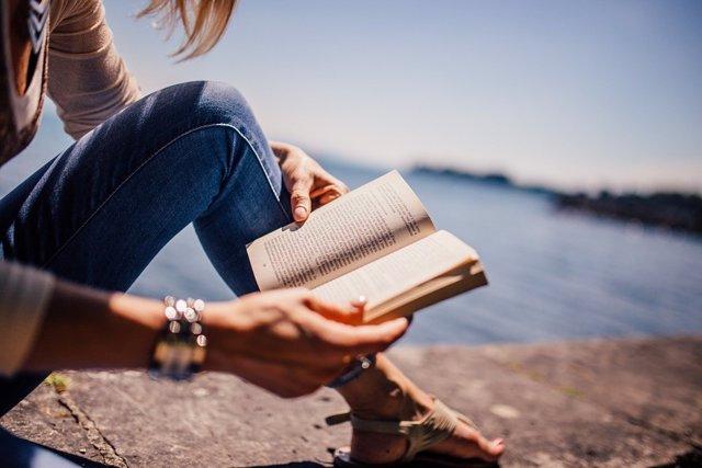 Cinco aplicaciones para disfrutar de la lectura desde dispositivos Android por el Día del Libro