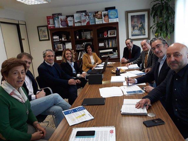 Reunión PP y Unión de Comerciantes del Principado