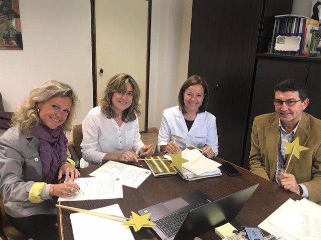 Córdoba.- Hospital Reina Sofía y Fundación Pequeño Deseo renuevan su compromiso para cumplir los deseos de los niños