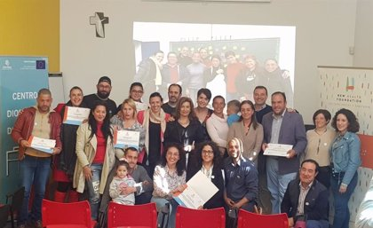 La Fundación New Health y Cáritas (Sevilla) finalizan el primer curso de cuidadores a domicilio para enfermos paliativos