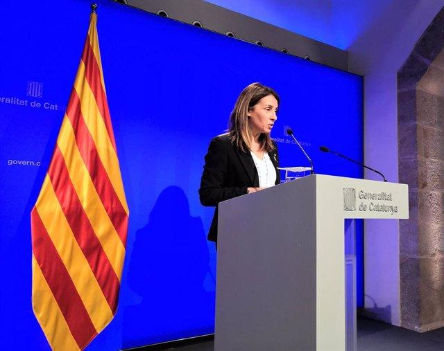 AV.- La Generalitat denunciará ante Fiscalía la quema del muñeco de Puigdemont en Coripe