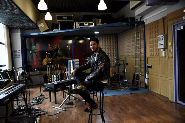 El cantante Manuel Carrasco presenta la gira de su disco 'La Cruz del Mapa'