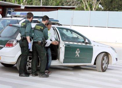La Guardia Civil detiene a un experimentado delincuente por asaltar dos veces en quince días un comercio