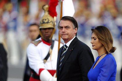 Aumenta el descontento de los brasileños con Bolsonaro, según un sondeo