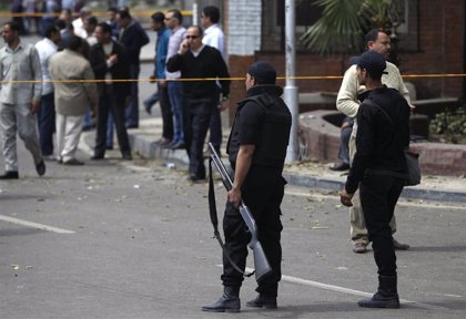 Condenados a penas de cárcel seis policías de Egipto por torturar hasta la muerte a un detenido