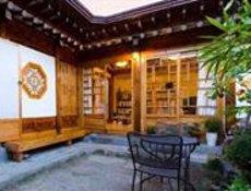 Airbnb registra un augment de viatgeres en solitari d'Espanya del 335% en dos anys (AIRBNB)