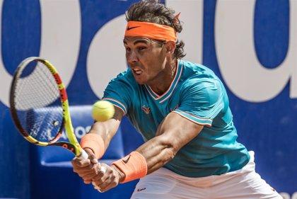 Nadal sufre para ganar a Mayer en tres sets y sigue defendiendo título en el Godó