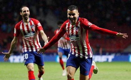 El Atlético apura otra victoria y retrasa el alirón culé