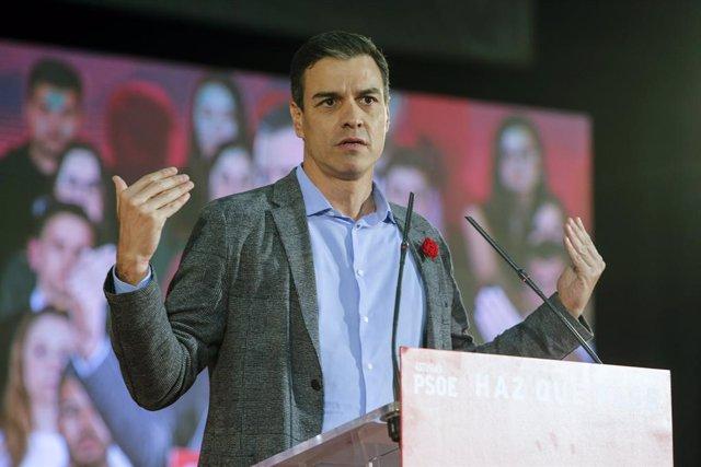 Míting del PSOE en la Fira Internacional de Mostres d'Astúries (Gijón)