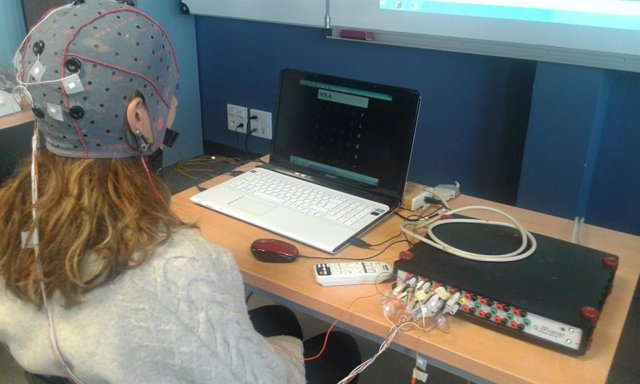 Málaga.- Investigadores diseñan un sistema cerebro-máquina que ayuda a las personas con parálisis muscular a comunicarse