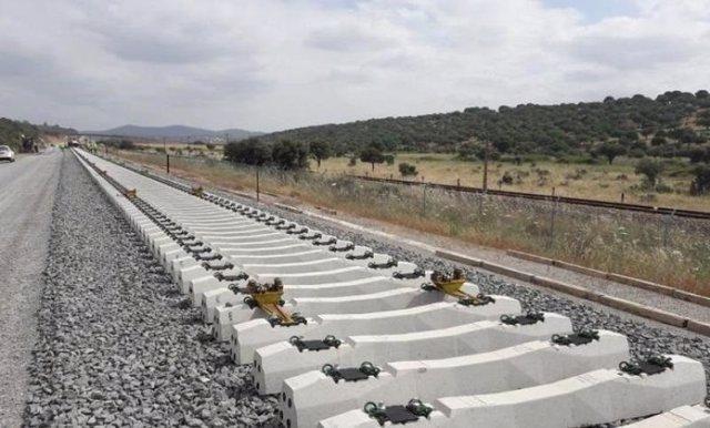 Sacyr, FCC, Acciona y Ferrovial construirán el Corredor Mediterráneo en Almería por 371 millones