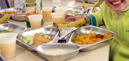 ¿Son saludables los comedores escolares? Los padres piden más fruta y menos azúcar