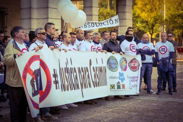 Sevilla.- Tribunales.- El fiscal rebaja a 16 años la petición de cárcel para el policía acusado de disparar a asaltantes