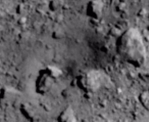 La sonda Hayabusa 2 abre un cráter de 20 metros en el asteroide Ryugu