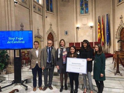 Roche España entrega la beca 'Stop Fuga de Cerebros' a una investigadora para estudiar la sepsis