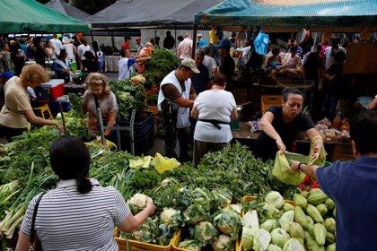 La polémica tras la tradicional subida del salario mínimo por el Día del Trabajador en Venezuela