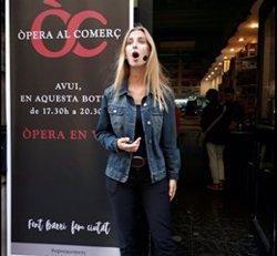 L'òpera irromp a les botigues de Barcelona amb gairebé 700 hores de recitals lírics a més de 200 establiments (ACN)