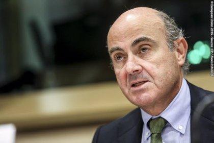 """Guindos (BCE) elogia la buena marcha de España, cuya desaceleración es """"más limitada"""" que en la zona euro"""