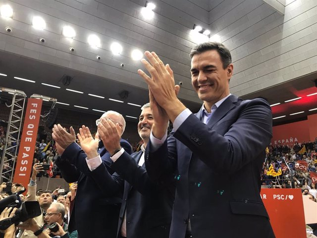 28A.- Sánchez dóna una mostra de força a Barcelona ajuntant a 4.000 persones a la recta final de la campanya