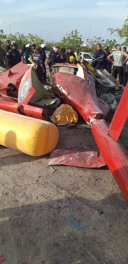 Mueren dos personas al estrellarse un helicóptero policial en Venezuela