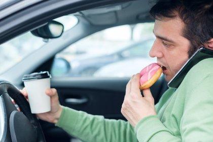 Comer en exceso y con estrés, un tándem peligroso