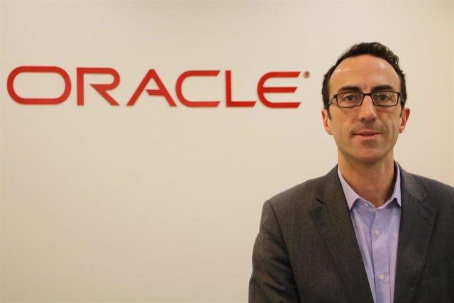 Economía.- Oracle impulsa la incorporación del teléfono móvil y los chatbots en la gestión de los recursos humanos