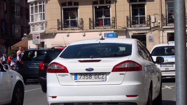 Taxi, Taxistas En Santander