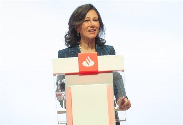 Ana Botín en la Junta General de Accionistas 2019