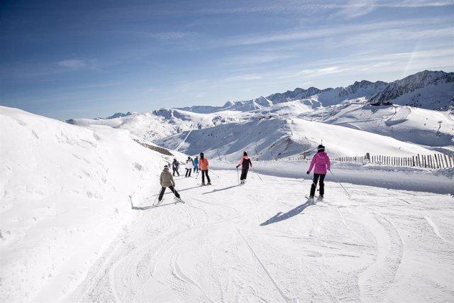 Menys esquiadors però més facturació en les estacions d'Andorra