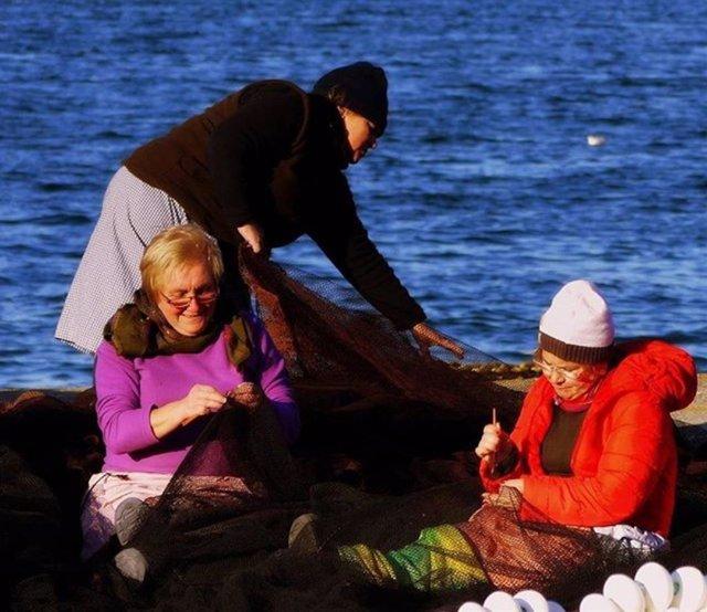 Pesca.- Trabajo se abre a estudiar que las rederas puedan adelantar su jubilación