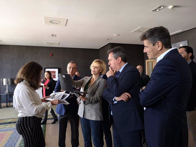 """Sevilla.- Espadas abordará la semana próxima con delegado del Gobierno el """"refuerzo de seguridad"""" en Polígono Sur"""