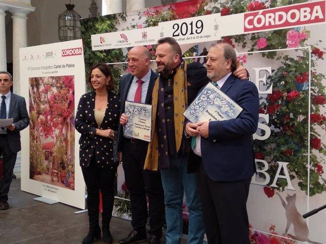 CórdobaÚnica.- Diputación y Ayuntamiento ponen en valor la 'Guía de los Patios de Diario Córdoba'