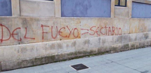 Gijón.- Podemos Xixón cierra filas con su secretario general ante las pintadas aparecidas contra él
