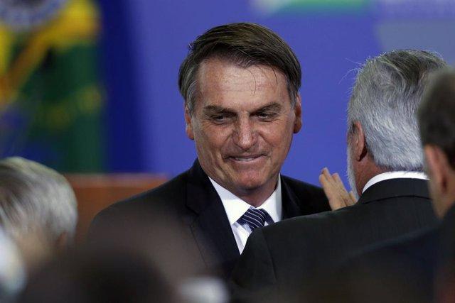 """Bolsonaro pone fin al horario de verano en Brasil porque afecta al """"reloj biológico"""" de las personas"""