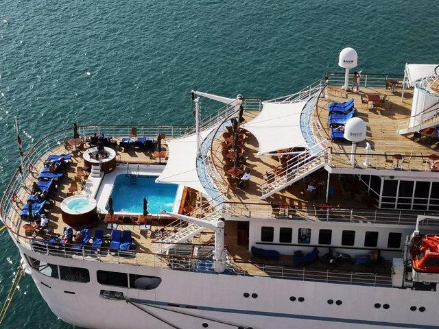 Almería.-Puertos.-Turismo.-El crucero Wind Surf hace este domingo la primera de las seis escalas previstas en Almería