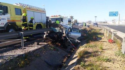 Un muerto y una herida grave derivada al hospital tras un accidente en la CA33 en San Fernando (Cádiz)