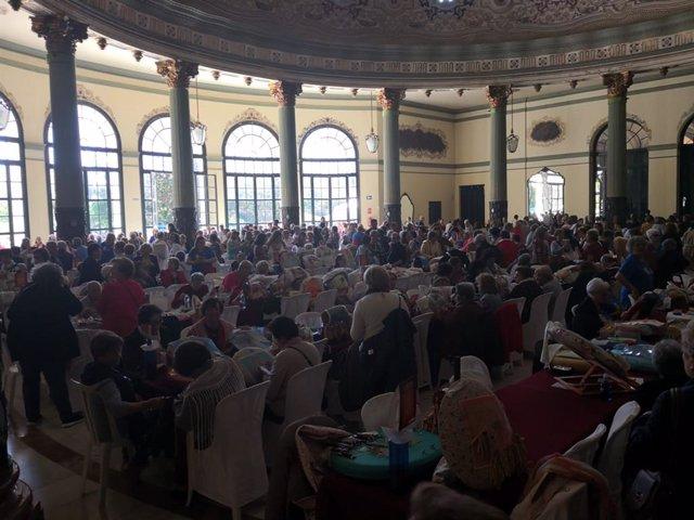 Sevilla.- Casino de la Exposición acoge el XII Encuentro Nacional de Encajeras de Bolillos con más de 500 participantes