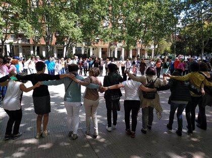 """Los bailes en la plaza Fermín Gurbindo marcan """"el ritmo de la convivencia"""" por el Día Mundial de la Danza"""
