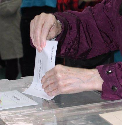 36,8 millones de españoles están llamados este domingo a las urnas
