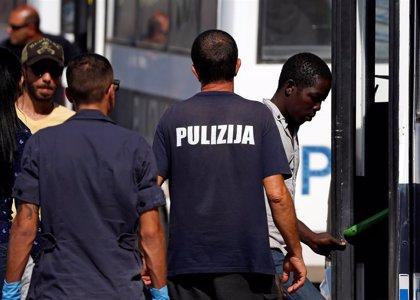 Continúa fugado el atacante que mató a tiros a un inmigrante en Malta