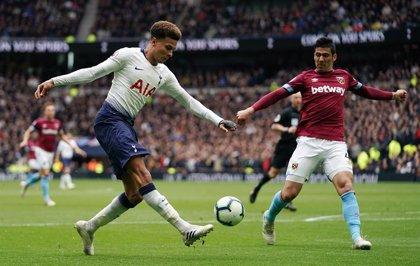 El Tottenham tropieza antes de su cita europea ante el Ajax