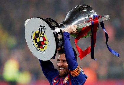 El Barça da el primer paso hacia su tercer triplete