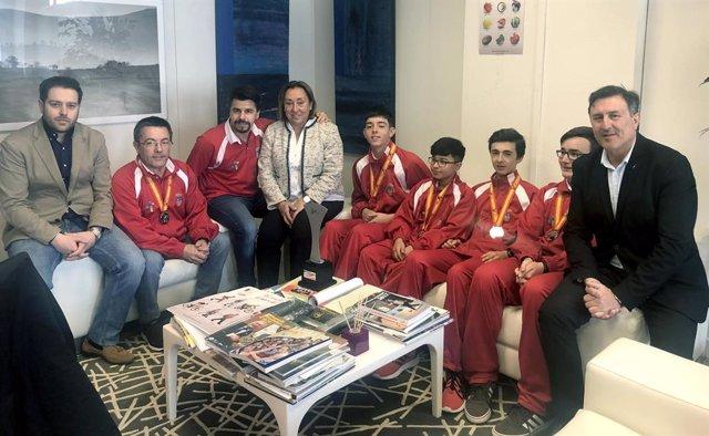 Mañanes felicita a la Selección Cántabra de Tenis de Mesa por su actuación en el Campeonato de España escolar